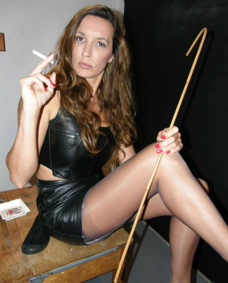 Mommy turns her not daughter into a whore 4 - 3 2