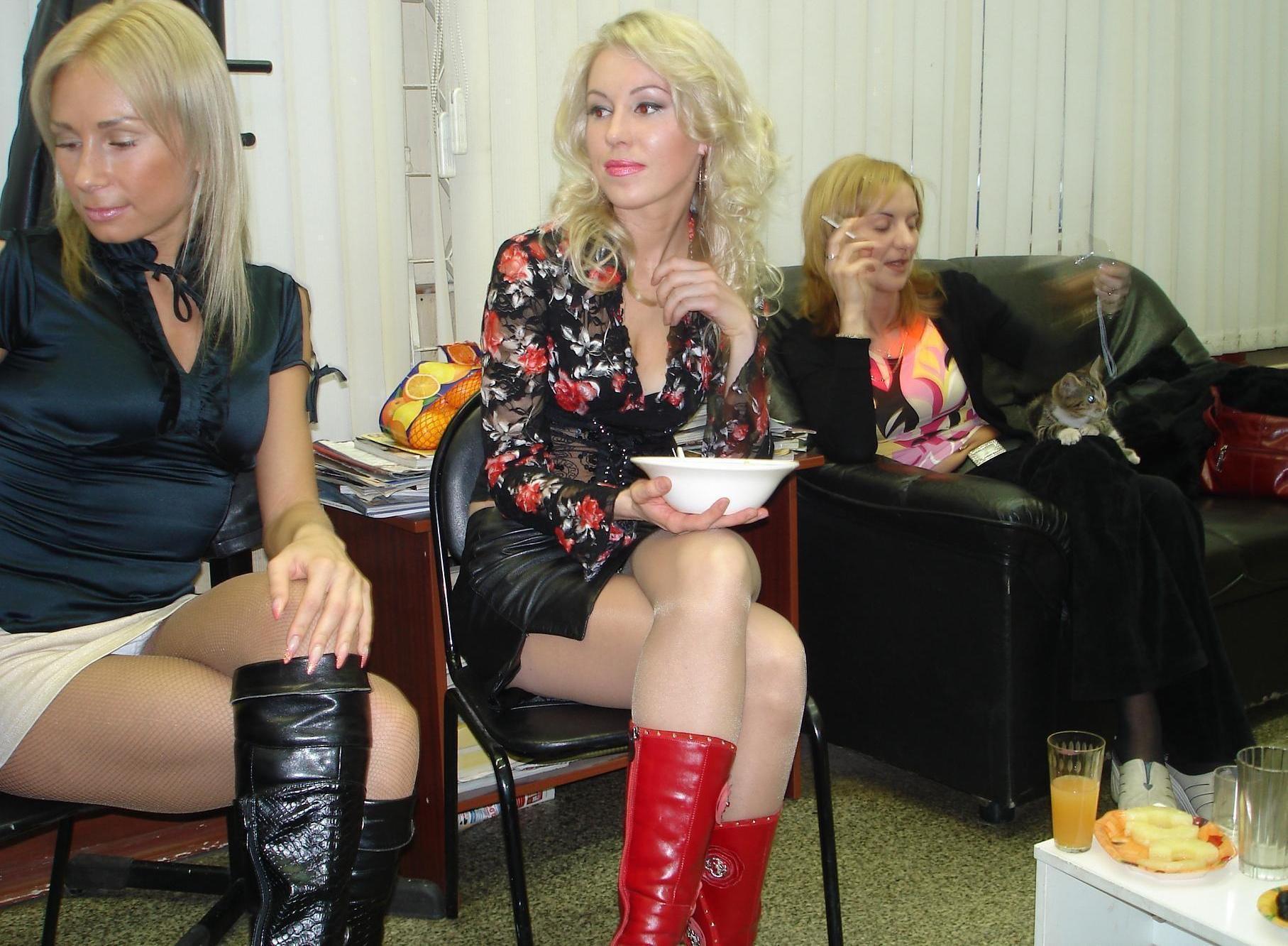 Пьяные жены на корпоративе, Пьяная девушка на корпоративе - поиск по лучшим 27 фотография